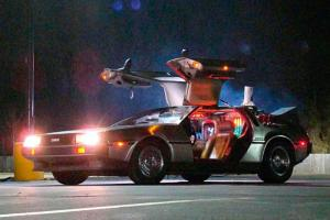DeLorean DMC-12: 1
