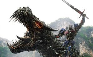Transformers-Age-of-Extinction-Poster-Optimus-and-Grimlock-Crop