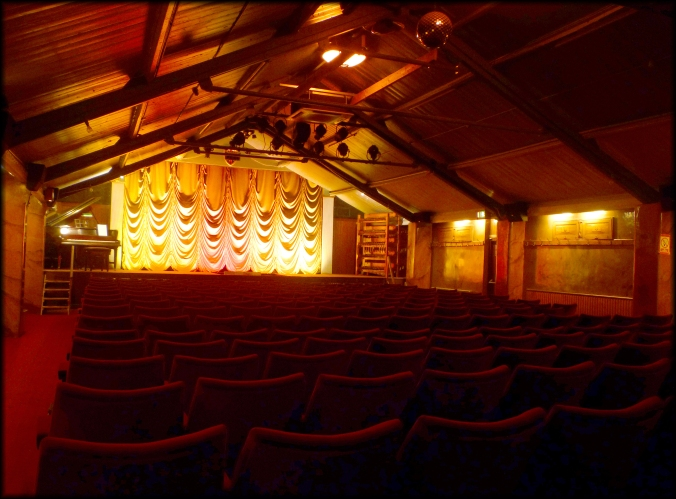 Kinema in the Woods screen