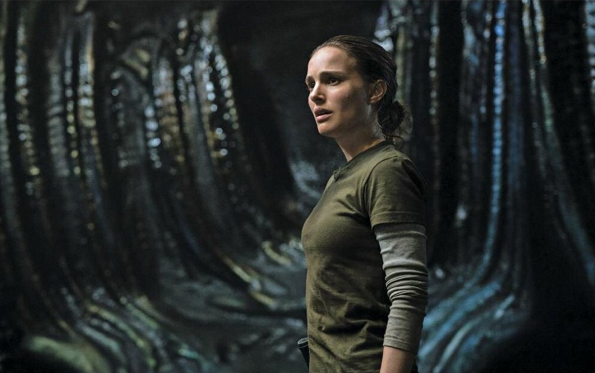 "Annihilation Review ""Trippy, but beautiful"""